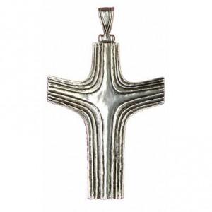 Croix pectorale bras en V striée