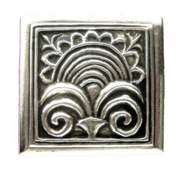 Broche Toulhoat fleuron carré