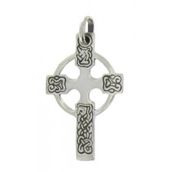 Small stylized celtic cross. Silver 2.7g 3 cm