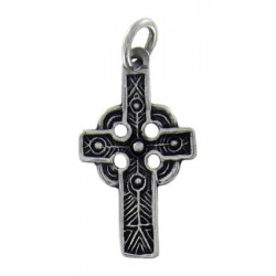 Small celtic cross 1.6g 2.5x1.5cm
