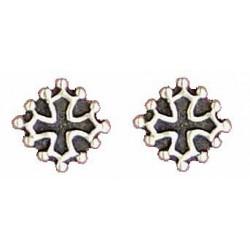 Oc cross earrings button