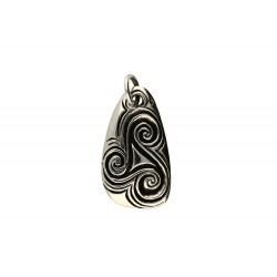 Toulhoat Triskel pendant flint shaped 12g 3.5cm