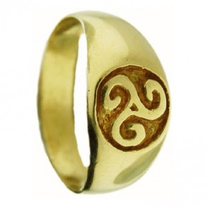 Toulhoat Triskel signet ring 5.60g