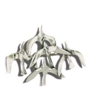 Broche celtique en argent inspirée de la nature, le vol de mouette des atelier Touhoat