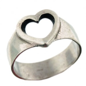 Toulhoat one heart ring 3.6g