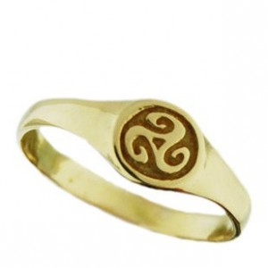 Toulhoat triskel small signet ring 3g